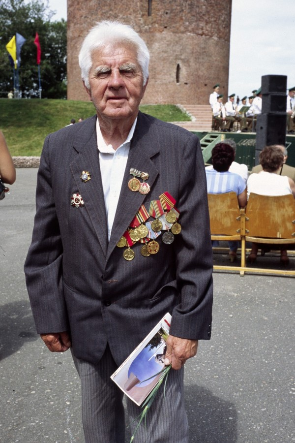 Iwan, war-hero on Victory Day, Kamyanyets, Belarus